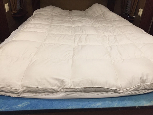 Amazing of Foam Pillow Top Mattress Pad Best Mattress Topper Reviews 2017 Buyers Guide And Comparisons