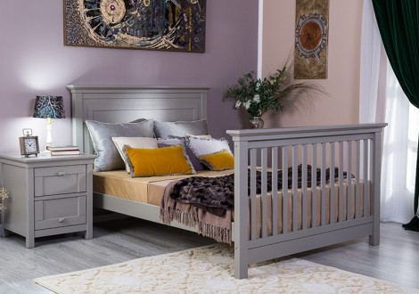 Karisma Solid Panel Convertible Crib