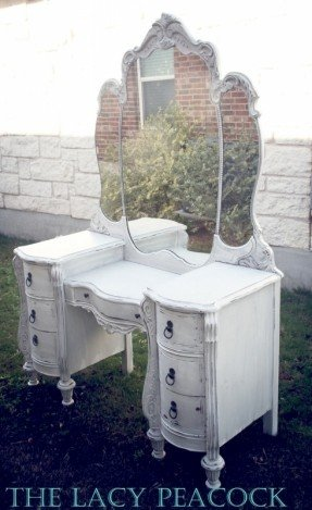 Amazing White Vanity Dressing Table With Mirror Antique White Vanity Table Foter