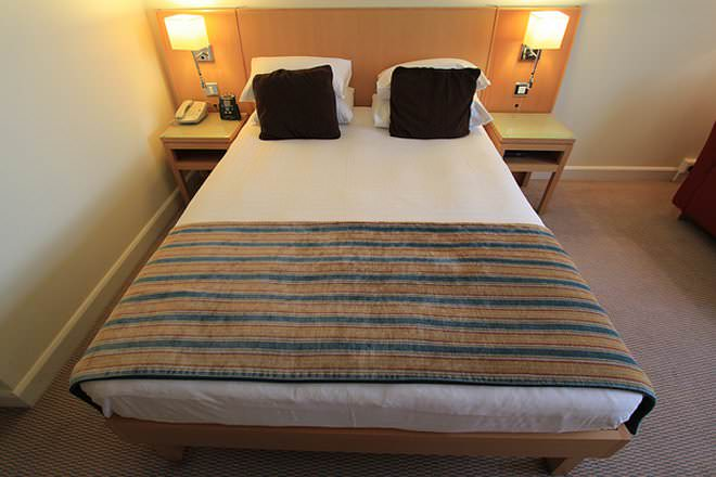 Attractive California King Bed Dimensions California King Vs King Size Bed Difference And Comparison Diffen