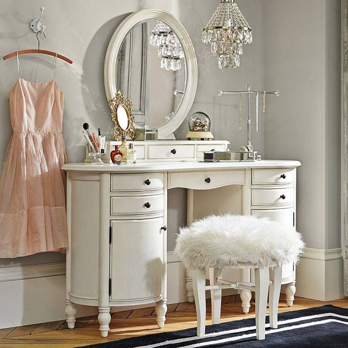 Attractive Small White Bedroom Vanity Best 25 Vintage Vanity Ideas On Pinterest Vanity Table Vintage
