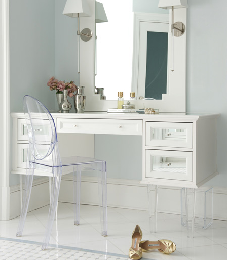 Attractive White Vanity With Mirror White Makeup Vanity With Mirrored Drawers And Lucite Legs