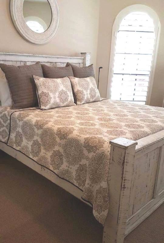 Awesome Bed And Bed Frame Set Best 25 Wood Bedroom Sets Ideas On Pinterest King Size Bedroom