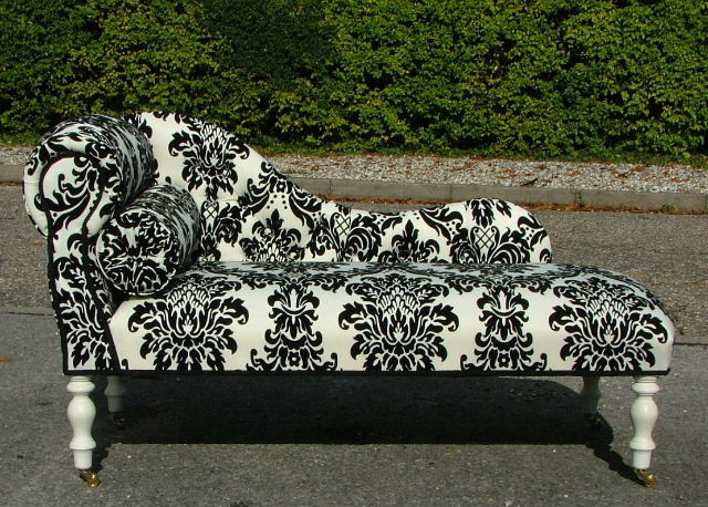 Awesome Black And White Chaise New Page 1