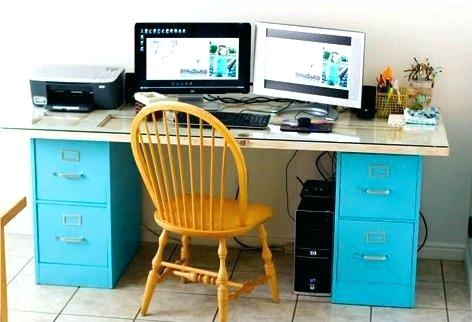 Awesome Desk And File Cabinet File Cabinet Desk I Love The Desk With The 2 Filing Cabinets File