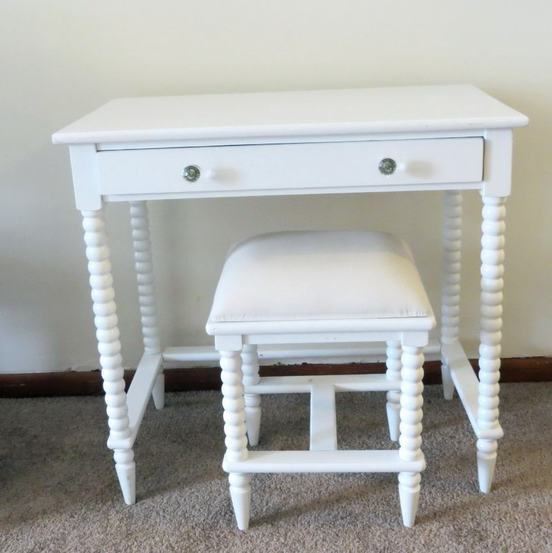 Awesome Makeup Vanity Table Without Mirror Picture 2 Of 11 Makeup Vanity Table Without Mirror House