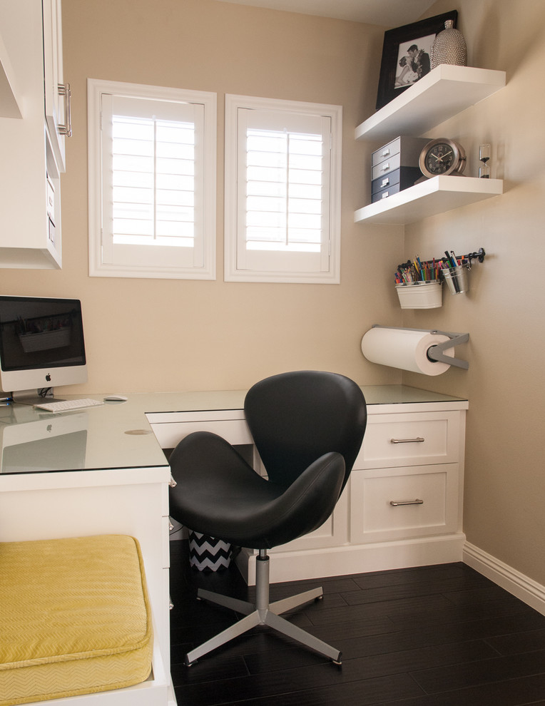 Awesome Office Desk With Lots Of Storage 57 Cool Small Home Office Ideas Digsdigs