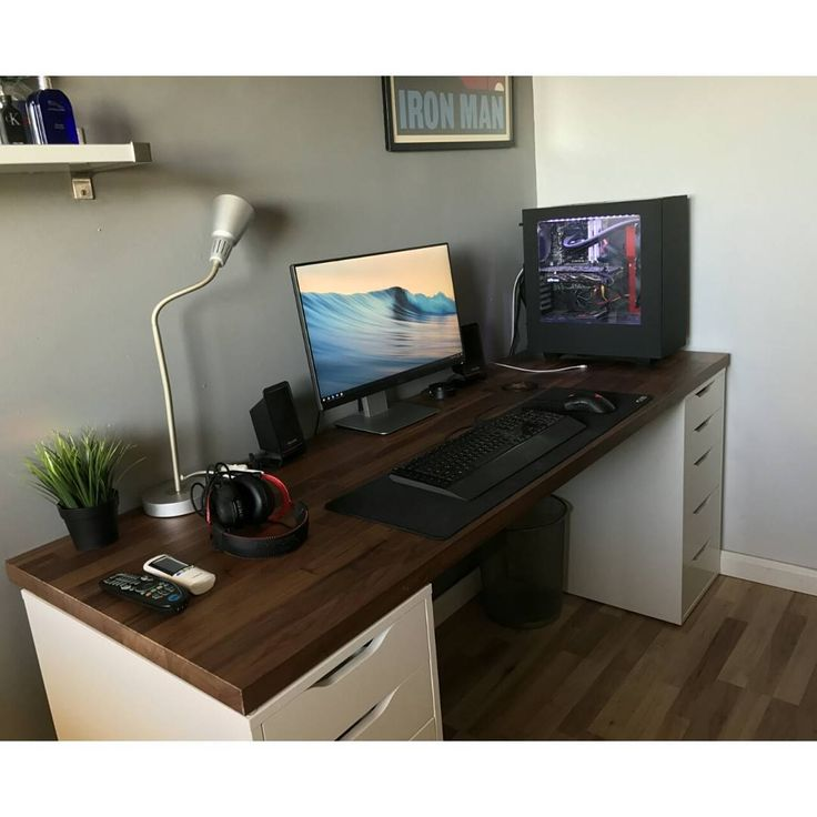 Awesome Pc Desk Setup Best 25 Desk Setup Ideas On Pinterest Computer Setup Pc Gaming