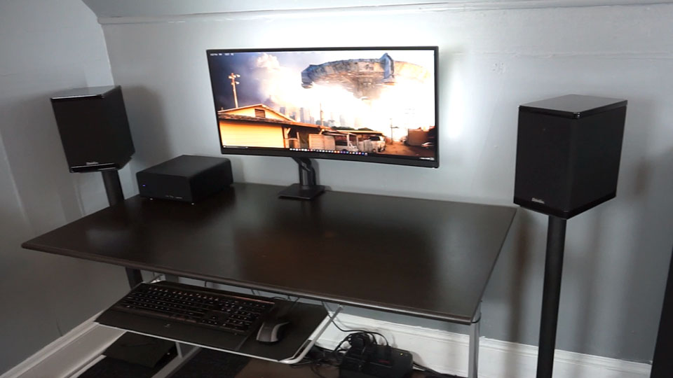 Awesome Pc Desk Setup Charming Pc Desk Setup Interiorvues