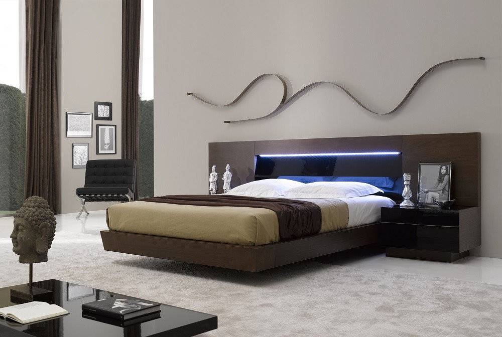 Awesome Queen Bedroom Set With Armoire Furniture Modern Queen Bedroom Sets Gray With Armoire Size Nurse
