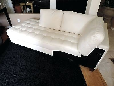 Awesome White Leather Chaise Lounge Lounge Chaise Lounges Living Room With Regard To New House White