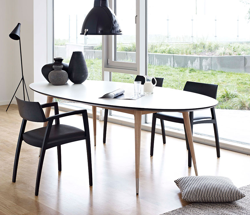 Beautiful Oval Modern Dining Table Amazing Modern Oval Dining Table Extend One Modern Oval Dining