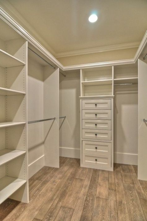 Beautiful Small Walk In Closet Organization Best 25 Walk In Closet Organization Ideas Ideas On Pinterest