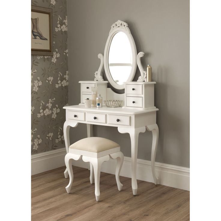 Beautiful Small White Makeup Table Best 25 Small White Dressing Table Ideas On Pinterest Corner