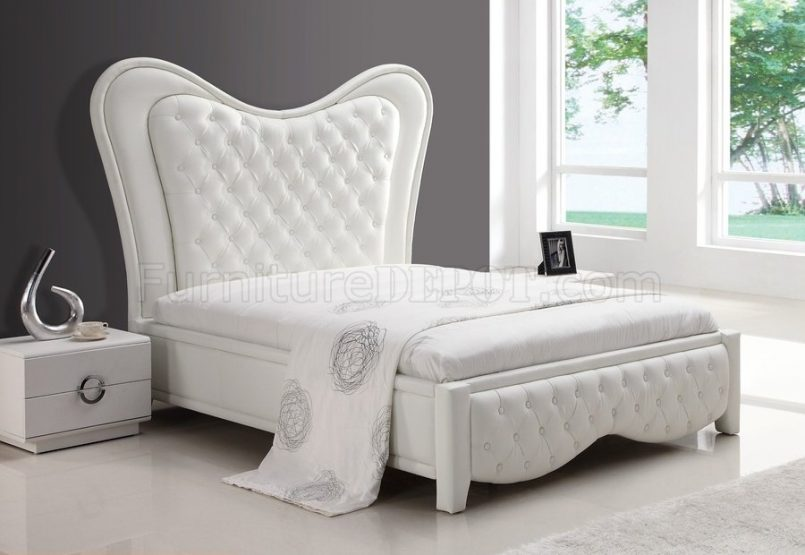 Beautiful White Tufted Headboard And Footboard Bedroom Pretty Tufted Headboards Photo Of New At Concept 2017