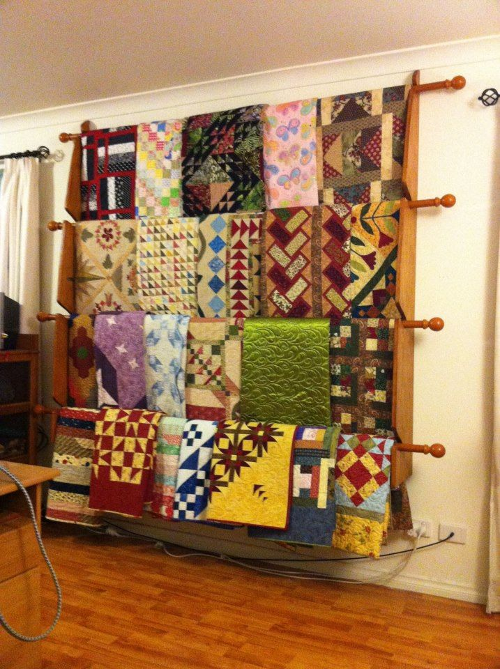 Best Wall Mounted Quilt Display Best 25 Quilt Racks Ideas On Pinterest Diy Quilting Rack Quilt
