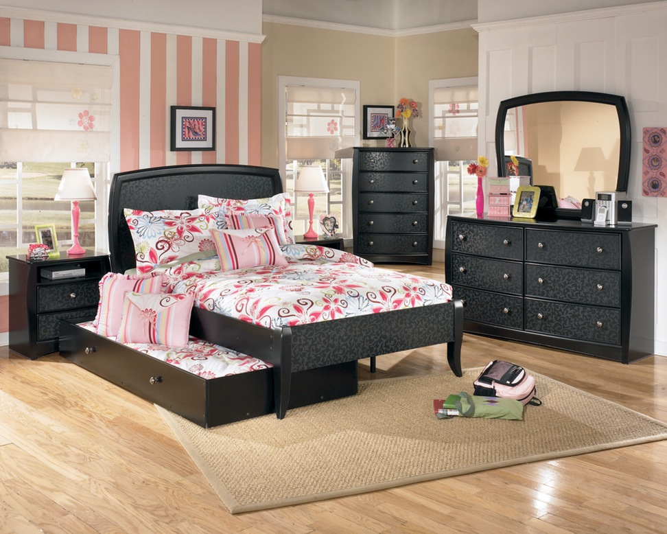 Brilliant Bedroom Set With Desk Queen Bedroom Cheap Bunk Beds With Stairs Cool For Kids Water Modern