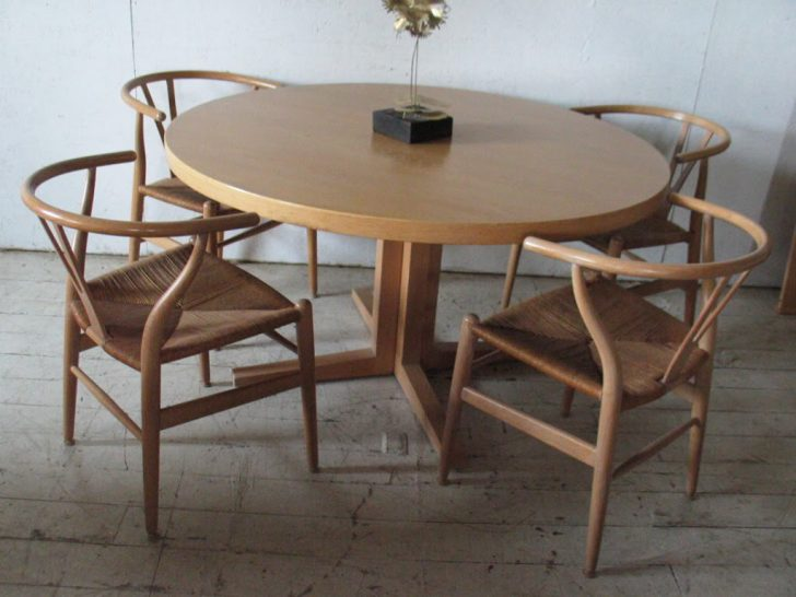 Brilliant Round Table With Leaves Surprisingng Room Modern Round Table With Leaf Tables Fancy On