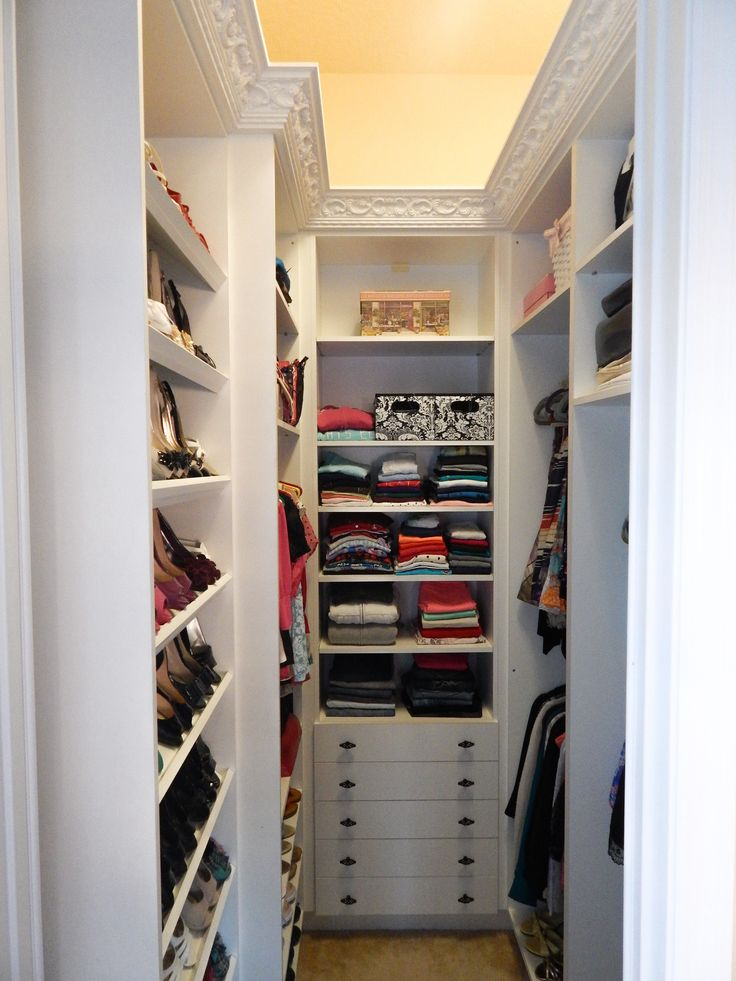 Brilliant Small Walk In Closet Design 20 Incredible Small Walk In Closet Ideas Makeovers The Happy