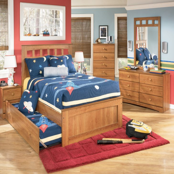 Chic Bedroom Set With Desk Queen Bedroom Set With Desk Queen Archives Dailypaulwesley