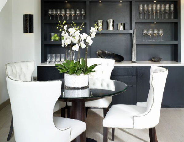 Chic Black And White Dining Chairs Black And White Dining Room Black And White Art Deco Kitchen
