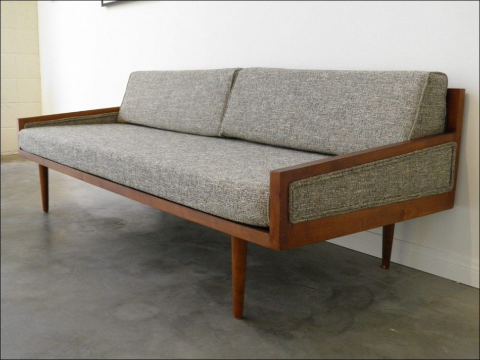 Chic Couches With Beds In Them Furniture Fabulous Modern Sofas For Sale Leather Sleeper Sofa