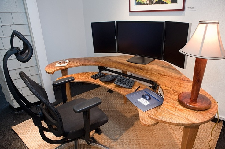 Chic Custom Desk Design This Will Be My Desk One Day Minus The Split Keyboard And I Want