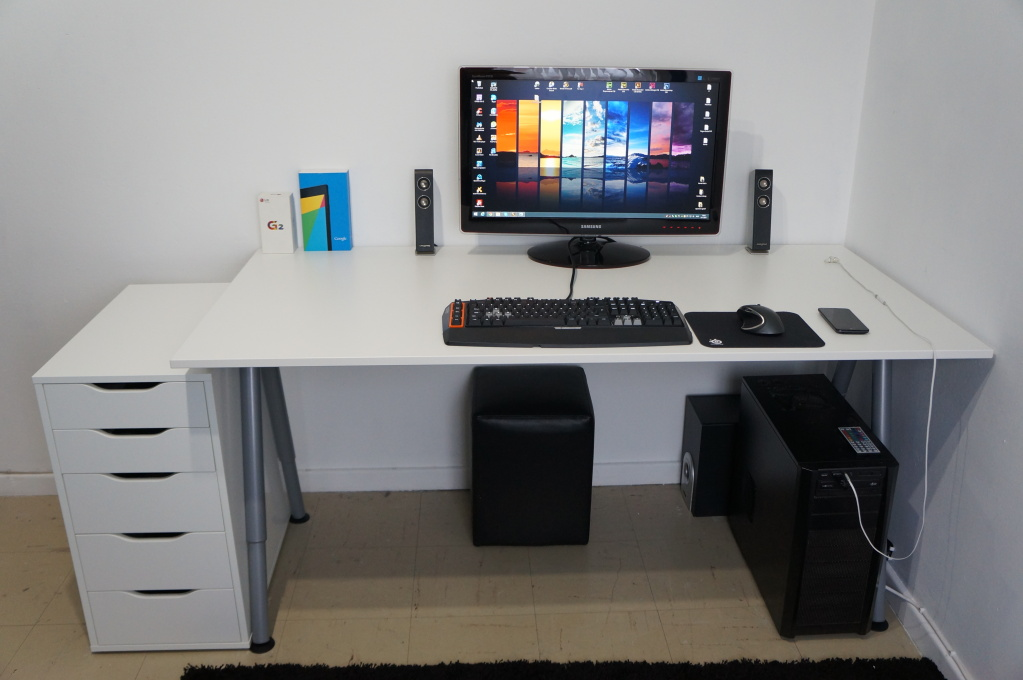 Chic Dual Desk Setup Brilliant A Couples Cubicle At Home Dual Desk Setup Desktops