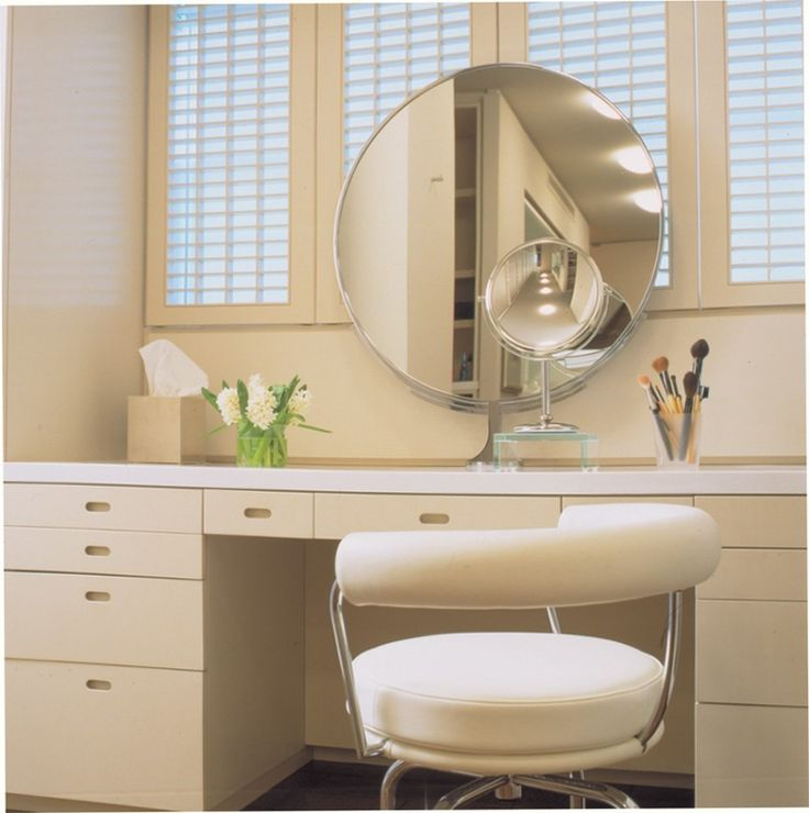 Chic Makeup Table And Mirror Best 25 Makeup Table With Mirror Ideas On Pinterest Makeup