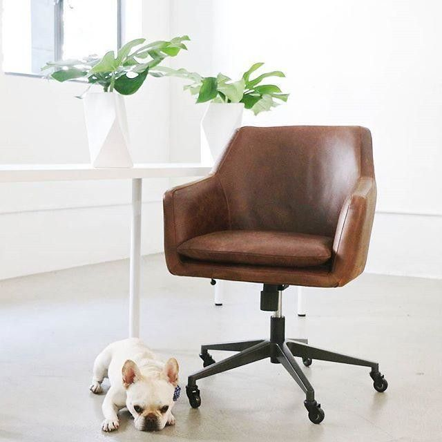 Chic Small Office Desk And Chair Best 25 Modern Office Chairs Ideas On Pinterest Meeting Room