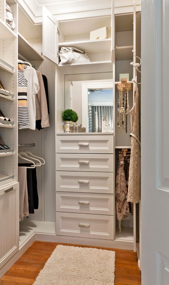 Chic Small Walk In Closet Organization Best 25 Small Master Closet Ideas On Pinterest Small Closet