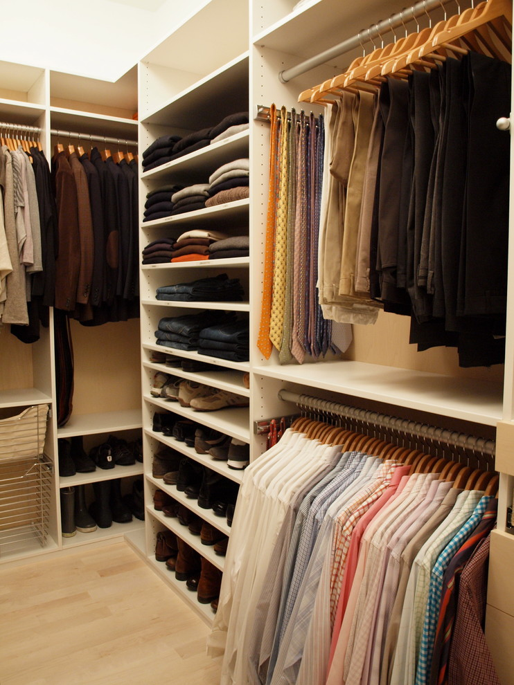 Chic Small Walk In Closet Organization Ideas Stylish Walk In Closet Organization Ideas Walk In Closet