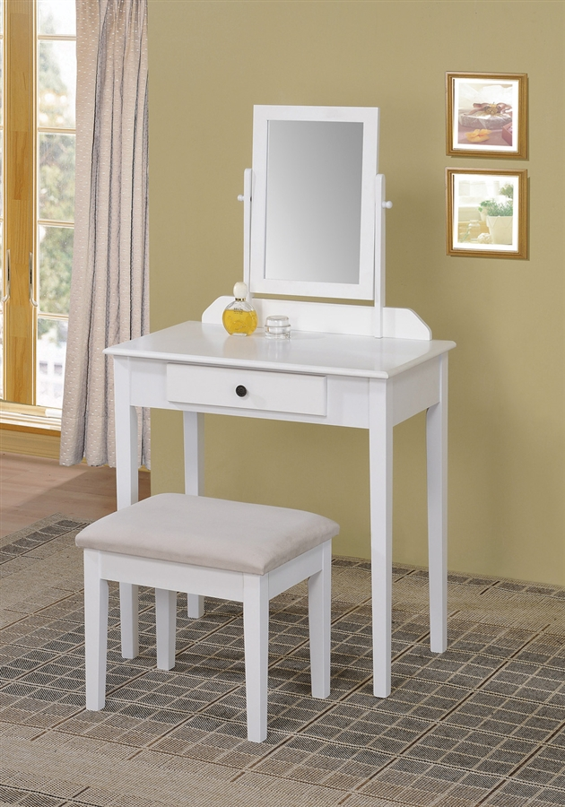 Chic Small White Bedroom Vanity Small Bedroom Vanity Table Bedroom Decorating Ideas Greenvirals