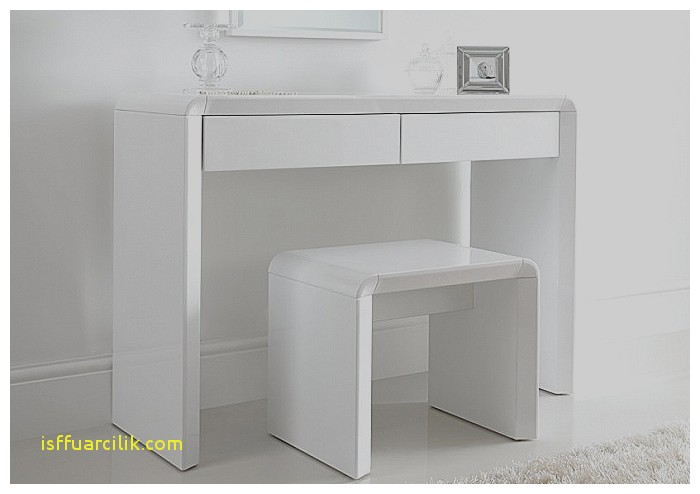 Chic Small White Makeup Table Dresser Beautiful Small Vanity Dresser Small Vanity Dresser