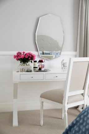 Chic White Vanity With Mirror White Vanity Table With Mirror Foter