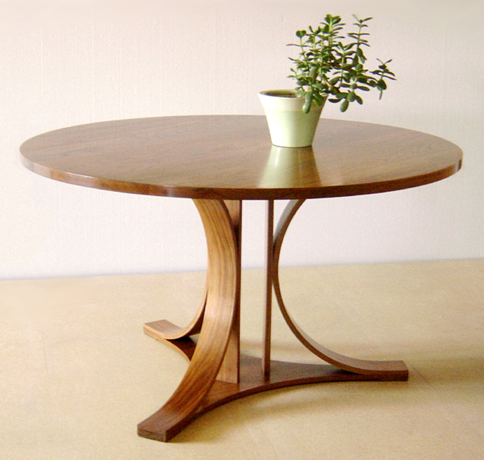 Chic Wood Dining Table Round Round Wood Dining Table Pedestal Base Rounddiningtabless