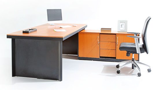 Elegant Office Table And Chairs Stylish Office Furniture Featherlite Office Furniture Buy Office
