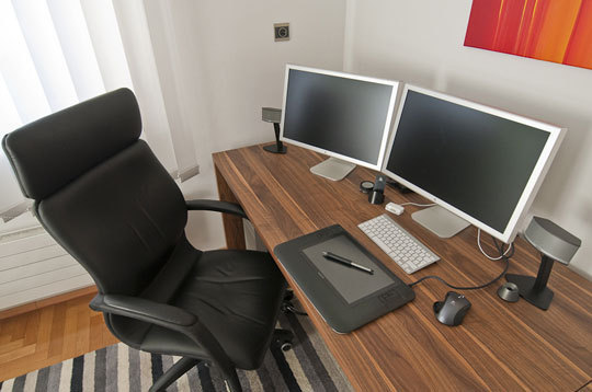 Fabulous Dual Monitor Office Setup A Peek Inside Designers Studios And Home Offices Apartment Therapy