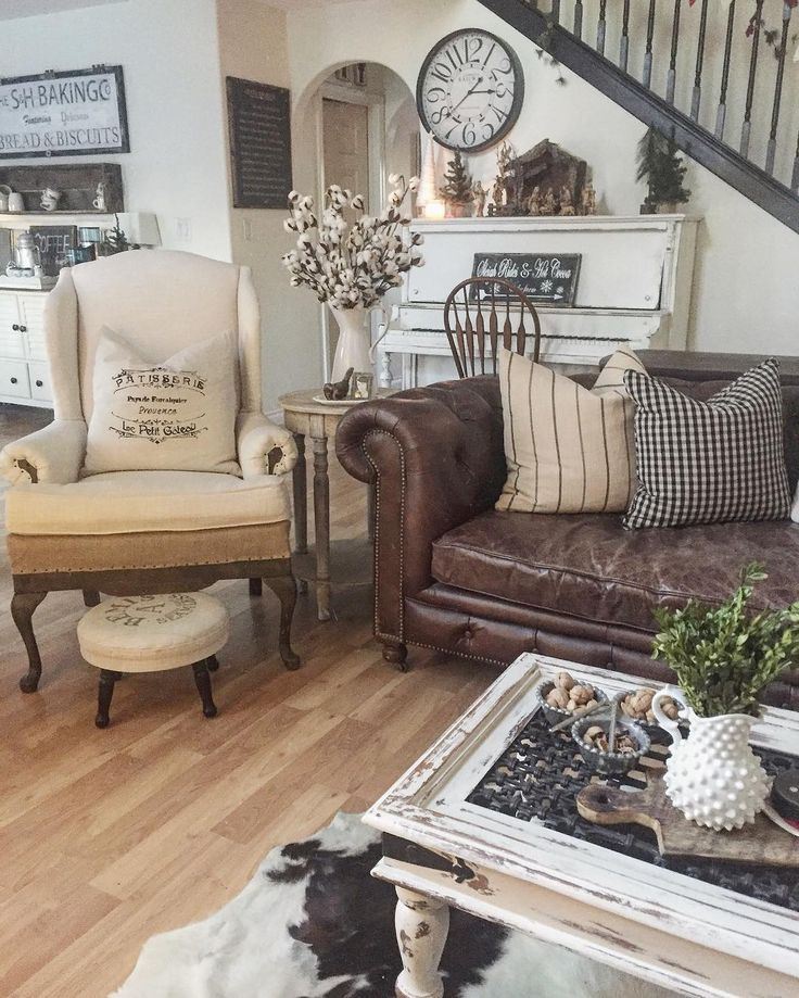 Fabulous Leather Couch Living Room Best 25 Leather Couch Decorating Ideas On Pinterest Brown