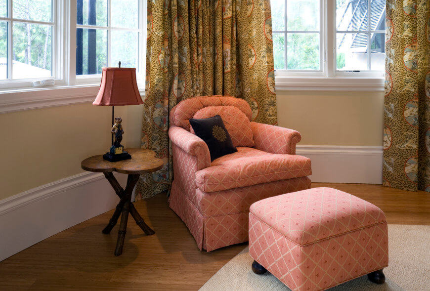 Fabulous Sitting Chair With Ottoman 26 Stunning And Versatile Living Room Ottoman Ideas