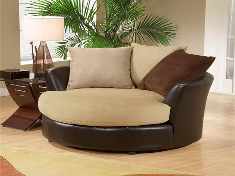 Gorgeous Big Chairs For Living Room Finding The Perfect Chair For Your Living Room Home Design Ideas