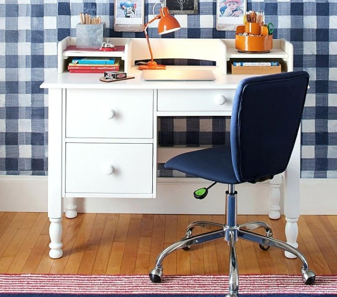 Gorgeous Small Desk With Storage Small Desks With Storage Dihuniversity Intended For Popular Home