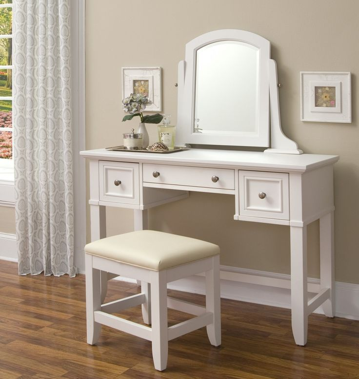 Gorgeous Small White Bedroom Vanity 56 Best Bedroom Vanity Images On Pinterest Bedroom Vanities