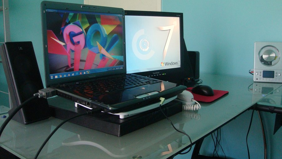 Great Bedroom Desk Setup Setup Of Bedroom Computer Desk Computer Master On Deviantart