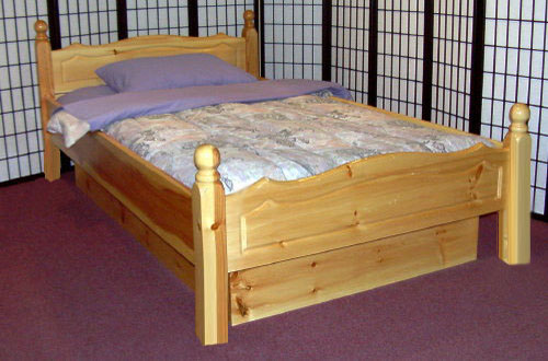 Great Regular Mattress In Waterbed Frame Sunburst 4 Poster Solid Wood Waterbed Frame Waterbeds Canada