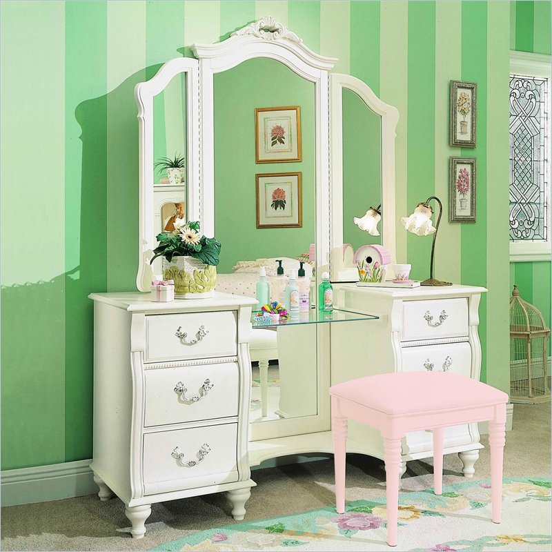 Great Small White Bedroom Vanity Creative Idea White Vanities For Bedroom Bedroom Ideas