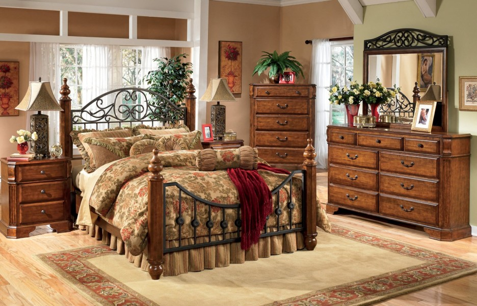 Incredible Queen Size Headboard And Footboard Bedroom Contemporary Bedroom Design With Brown Wooden Queen Size