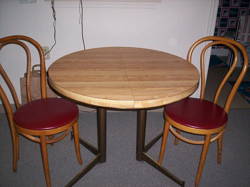Incredible Small Round Dining Table For 2 Miscellaneous Small Kitchen Table And 2 Chairs Interior