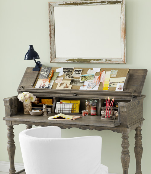 Nice Small Desk Designs How To Decorate Small Spaces Decorating For Small Spaces