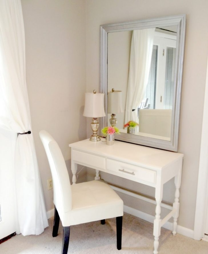 Nice Small White Makeup Table Etikaprojects Do It Yourself Project